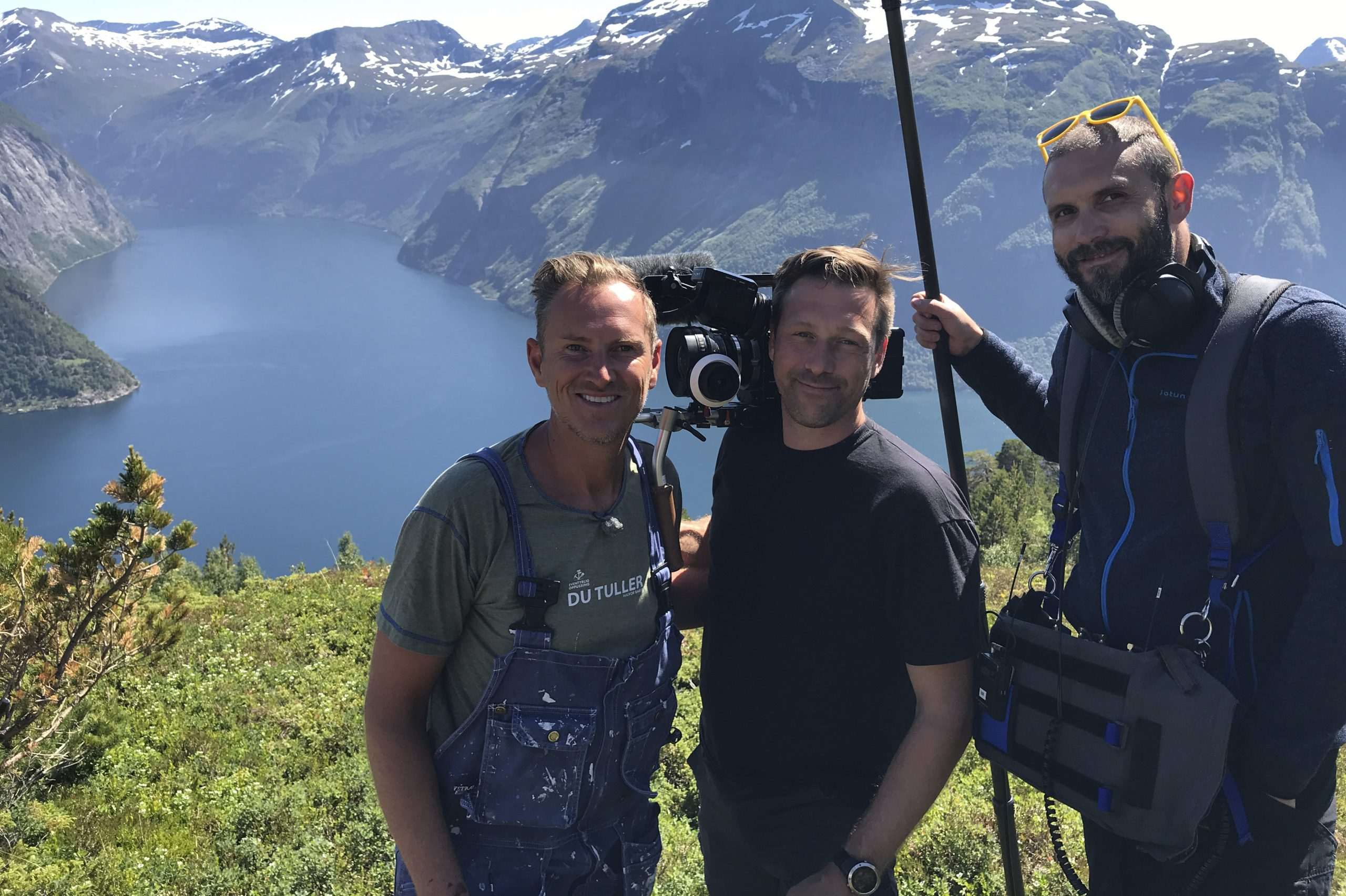 Foto av Halvor Bakke og crew på innspilling.