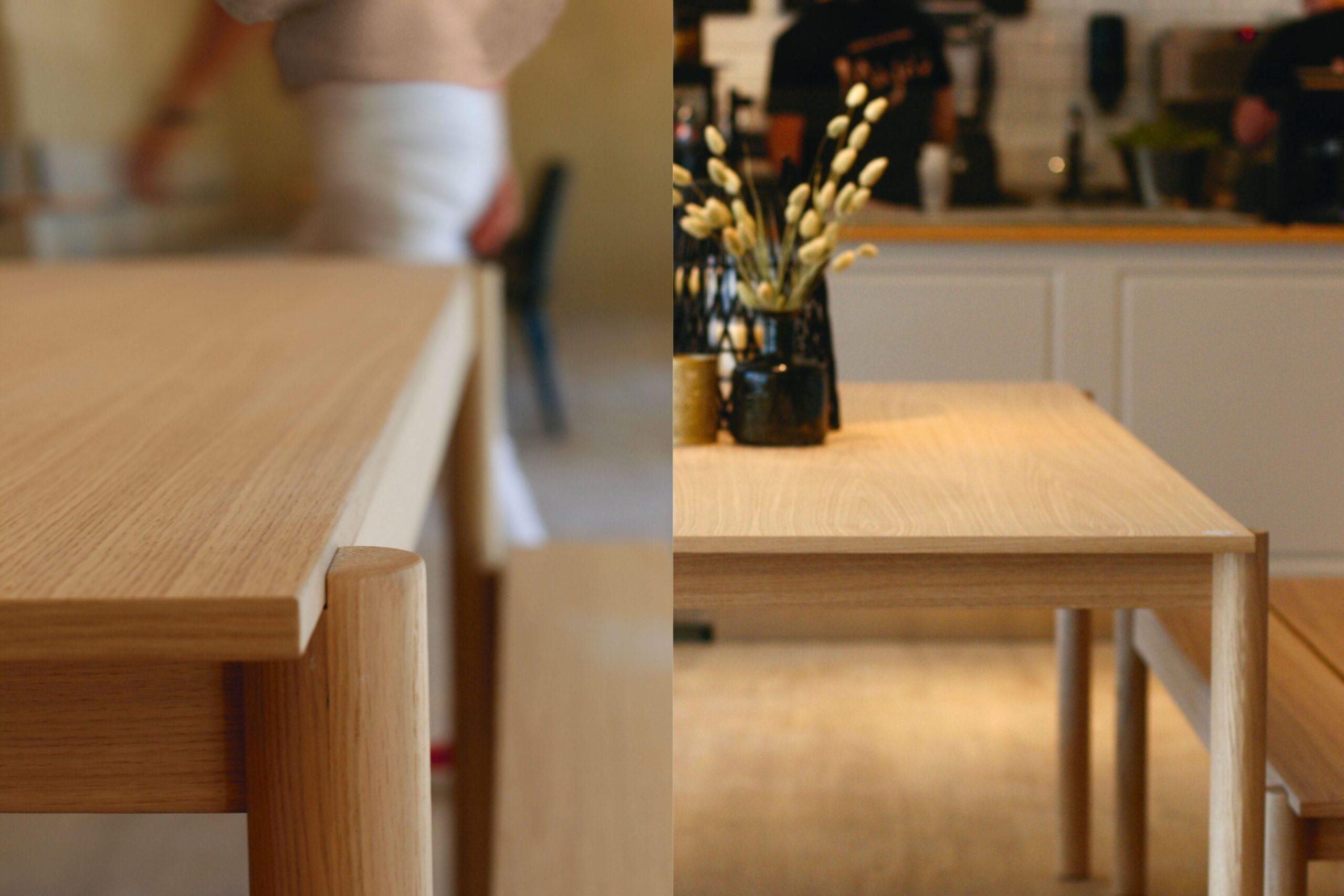 Nærbilde av langbord i eik fra Muuto.
